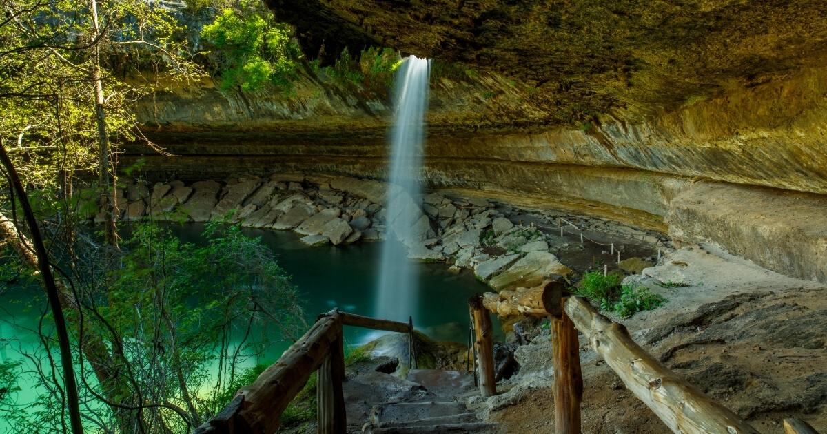 Waterfalls Near Leisure Resort RV Park in Fentress